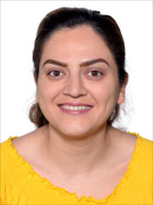 photo of azra Bahadori